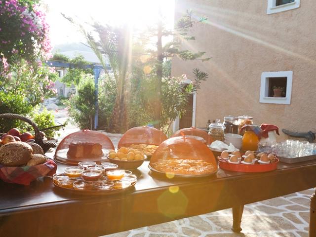 breakfast aegina vagia organic